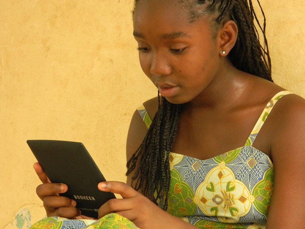 ebooks sales depend on ebook readers